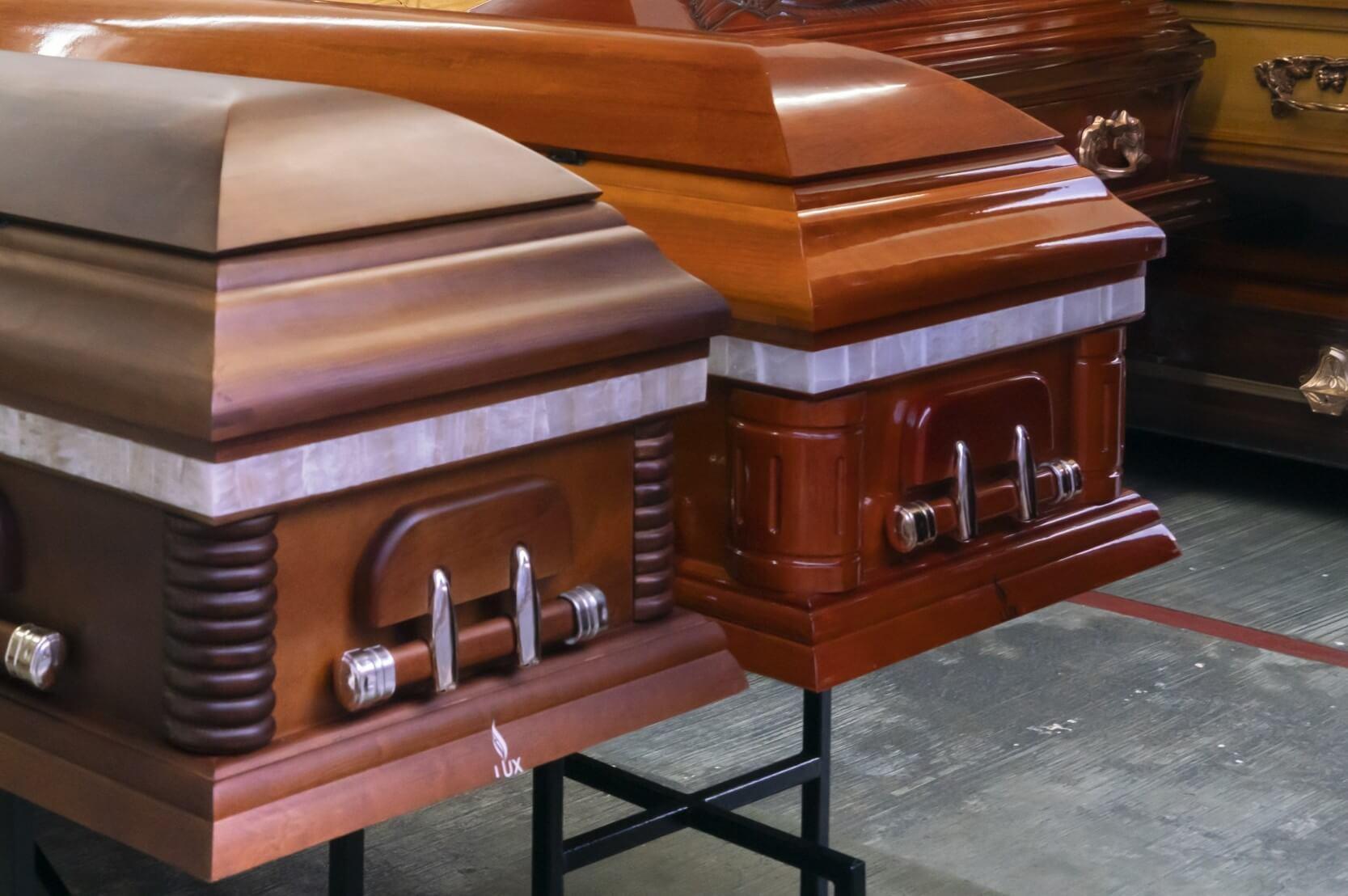 Conheça os diferentes tipos de caixão e saiba qual escolher